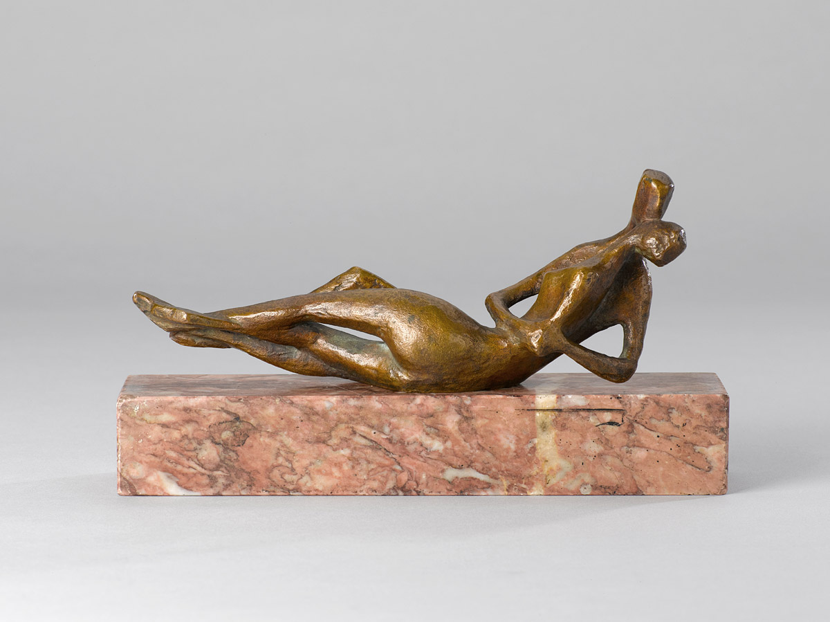 Ursula Hanke-Förster | Kissing Couple | about 1959 | bronze on marble base | signed and cast stamp | 21 x 8 x 5